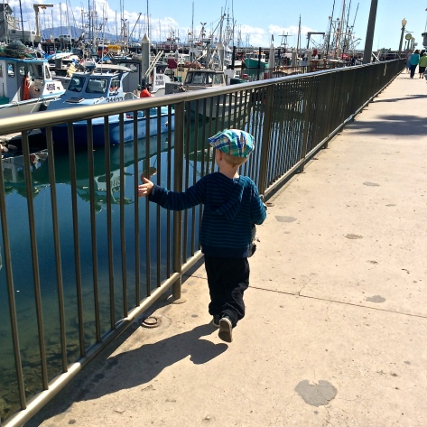 R at the harbor